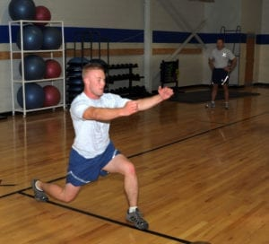 airman performing lunge